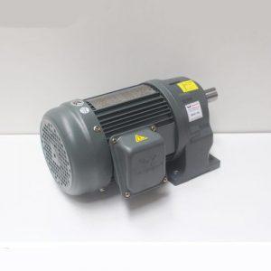 Motor giảm tốc Wanshsin chân đế 0.75kw 1/20